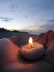 candle in hand 5